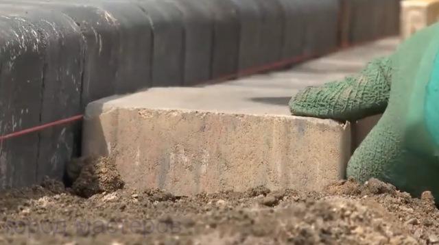 Укладываем тротуарную плитку самостоятельно🔴 Укладываем тротуарную плитку самостоятельно