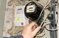 внимательно смотрим на провода и соединения причины перегрузки электропроводки