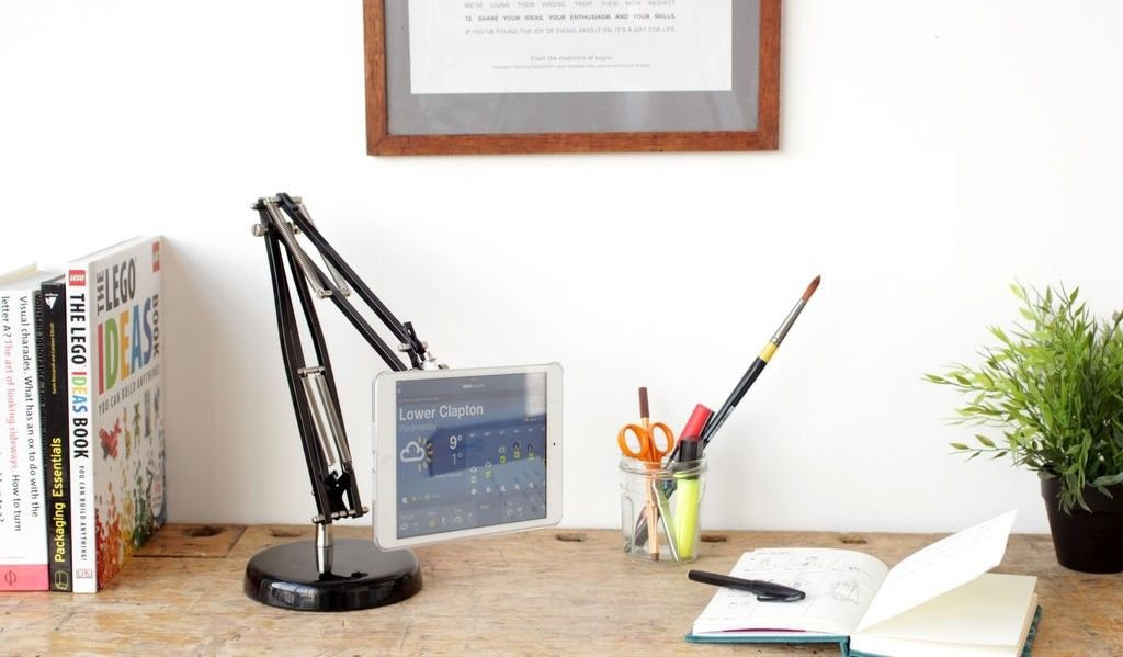 подставка для планшета из старой лампы 🔴 Удобная подставка для планшета из старой лампы