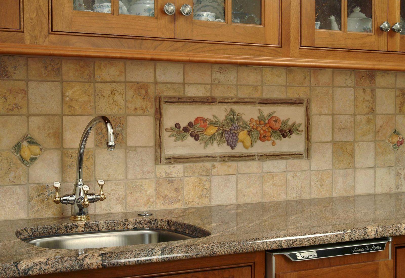 Кухонный фартук из плитки или мозаики