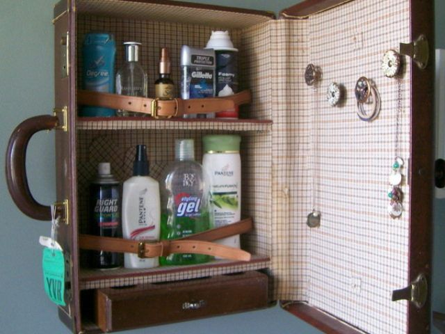 recycled-suitcase-ideas-cabinet2