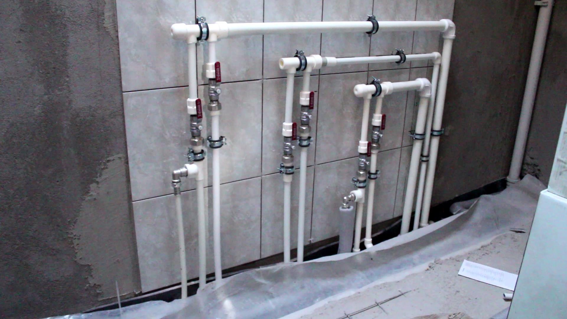 представляет установка труб водоснабжения в квартире цена Черенкова