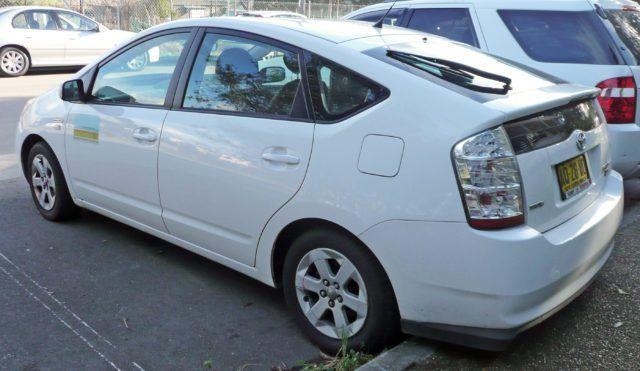 Toyota Mirai и Honda FCX серийные авто на водороде