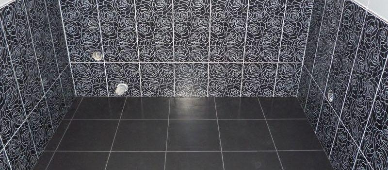 Использование кафельной плитки большого размера в небольшом помещении