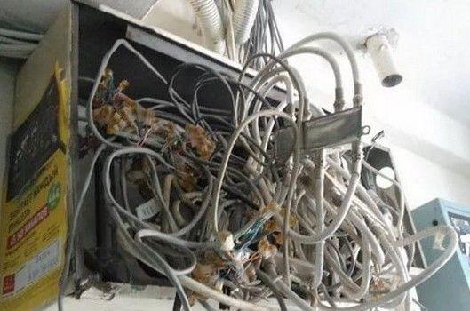 Как не нужно проводить электромонтаж