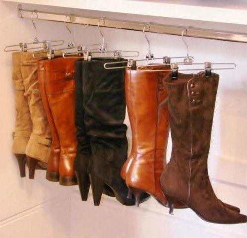 обувные растяжки-вешалки отличное решение для сапог, они долго не потеряют свою форму .