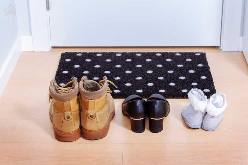 Вы должны организовать и очистить обувь пред сном