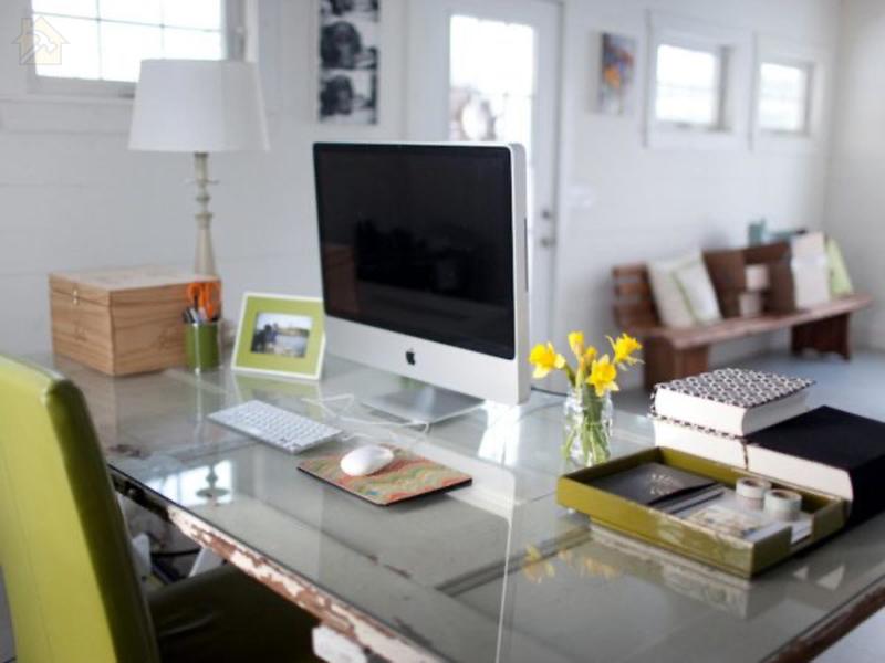Зеркальные эффекты, украшающие атмосферу, идеально подходят для офиса
