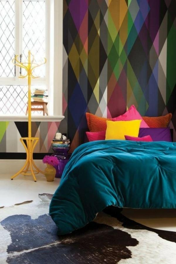 Абстрактное и красочное гармонирующее с декором спальни 🔴 Геометрические обои как пространство в новом измерении