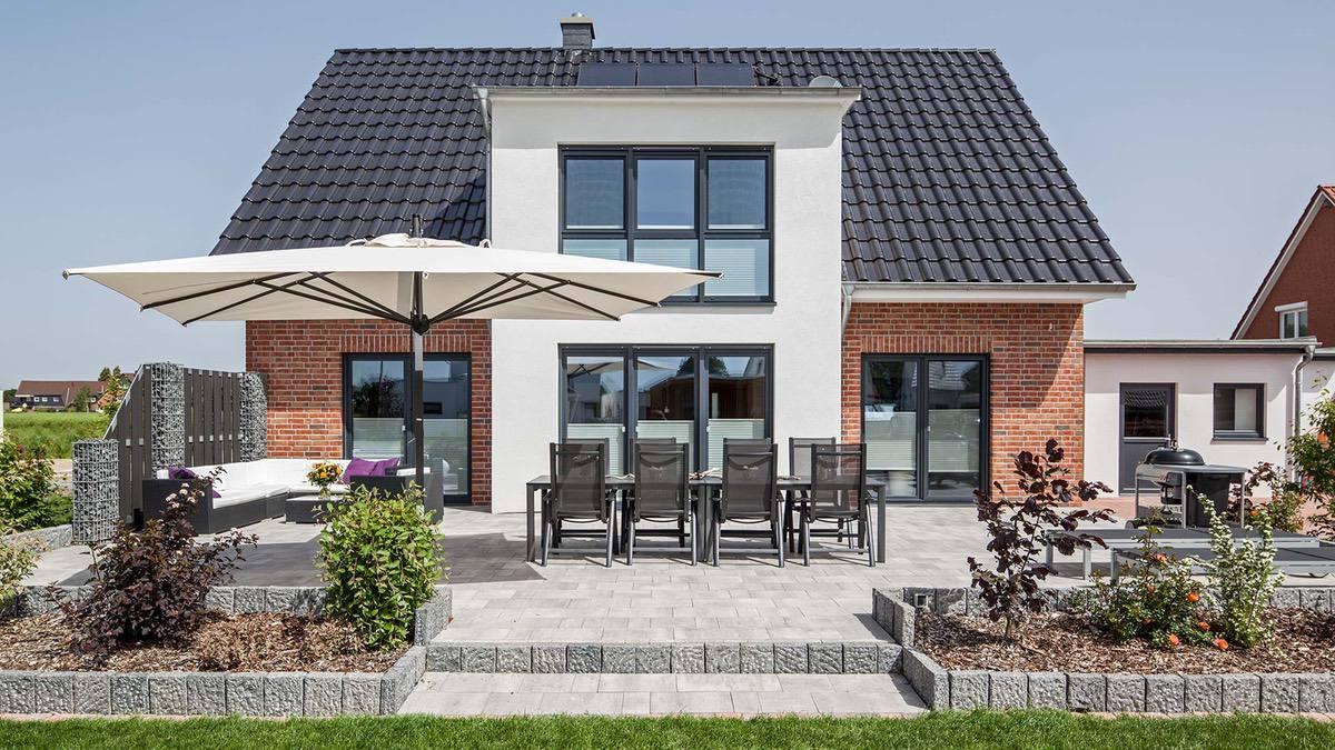 Proekt 2 ehtazhnogo doma s garazhom 00🔴 Проект 2 этажного дома с гаражом Классический нордический стиль